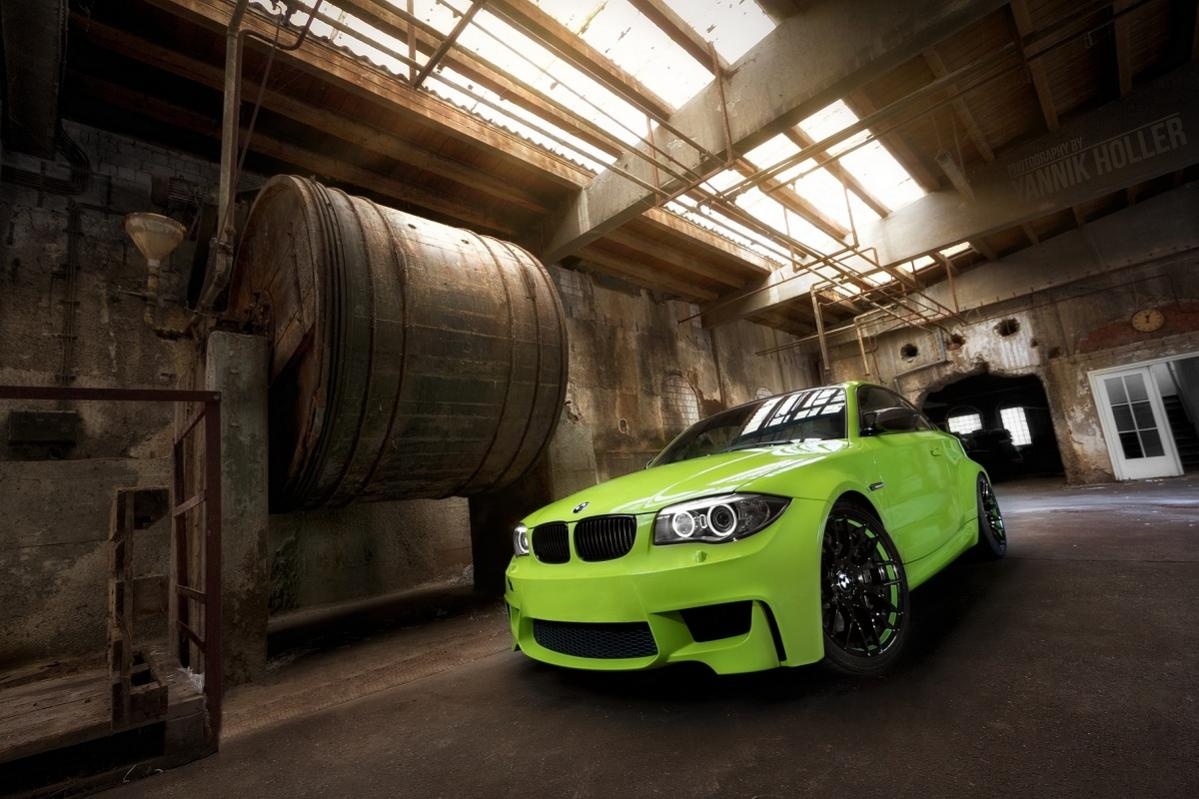 BMW 1M painted Irie green