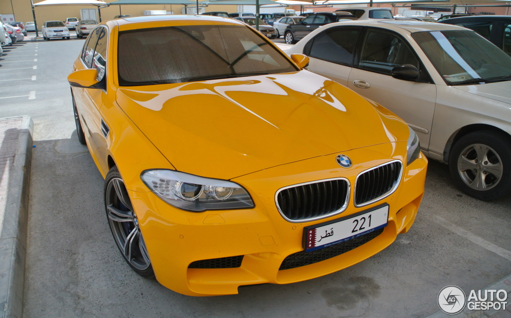 BMW M5 in Atacama Yellow