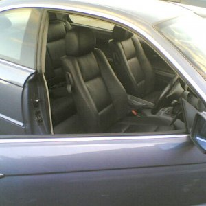 Tony's 325Ci 2001 - Now with leather interior.
