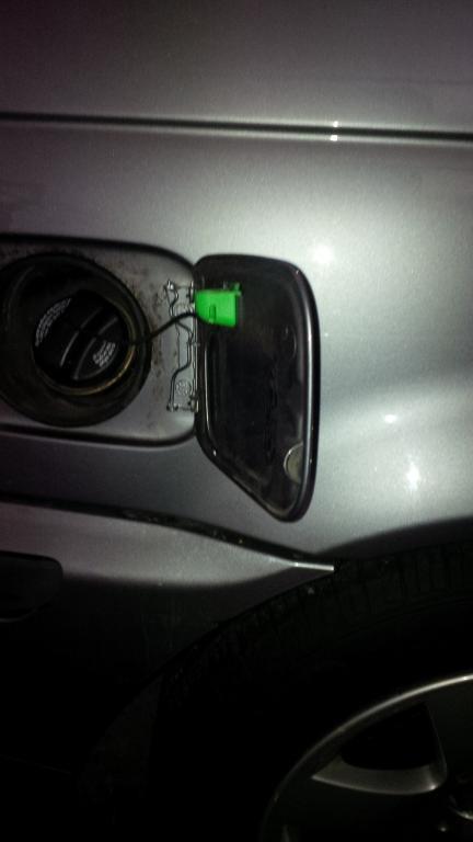 Fuel Filler Flap Door Hinge Loose E46fanatics